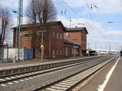 BPOL-KS: Fahrzeugaufbruch am Bahnhof Lollar