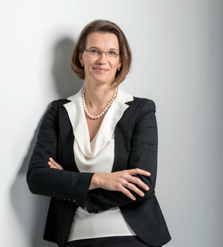 """Neuer CEO der HARTMANN GRUPPE: Britta Fünfstück. Weiterer Text über ots und www.presseportal.de/nr/34248 / Die Verwendung dieses Bildes ist für redaktionelle Zwecke honorarfrei. Veröffentlichung bitte unter Quellenangabe: """"obs/PAUL HARTMANN AG"""""""