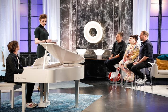 Girlpower bei #TVOG: Beth Ditto und Demi Lovato coachen die Teams von Yvonne Catterfeld und den Fantas am 7. Dezember auf ProSieben