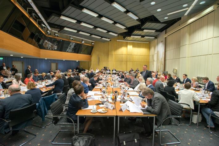 SWR Rundfunkrat diskutiert KEF-Stellungnahme