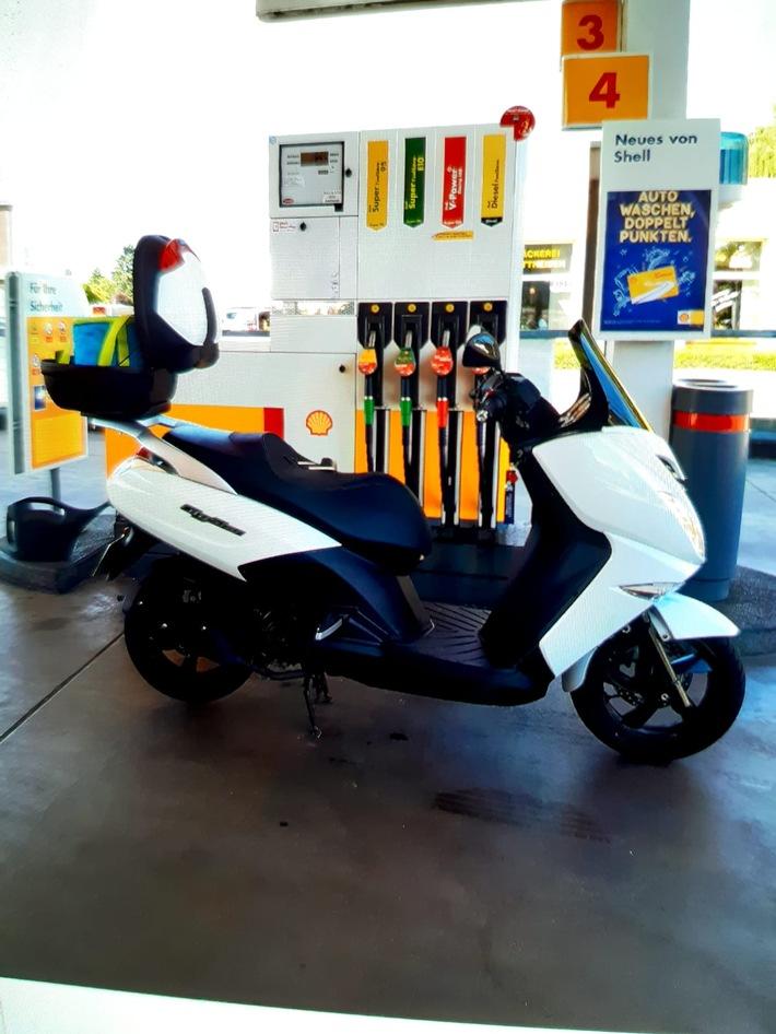 POL-NE: Diebstahl eines Motorrollers - Wer kann Hinweise zum abgebildeten Leichtkraftrad geben?
