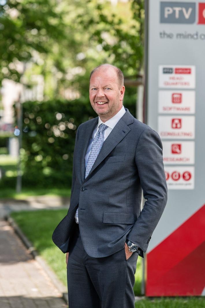 CEO der PTV Group Vincent Kobesen / copyright: [FOTOSKOP] W. Sieber/PTV / Weiterer Text über ots und www.presseportal.de/nr/19660 / Die Verwendung dieses Bildes ist für redaktionelle Zwecke honorarfrei.