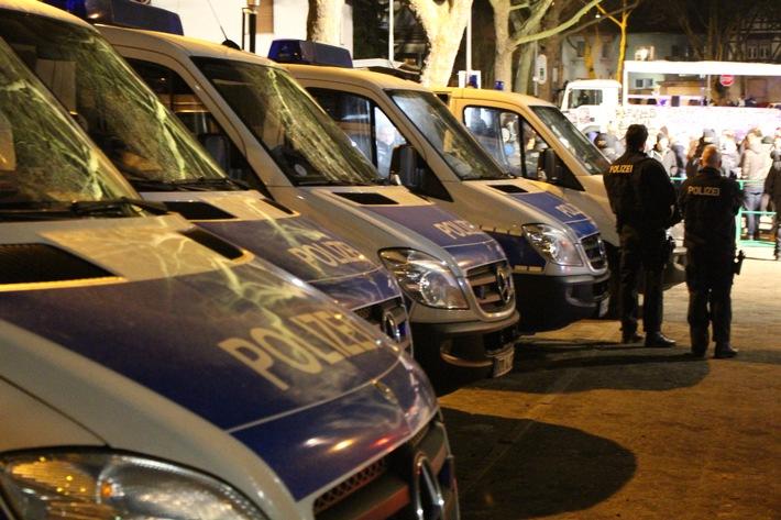 POL-PPMZ: Mainz, AfD und Gegendemonstration: Polizeikonzept in Finthen ging auf