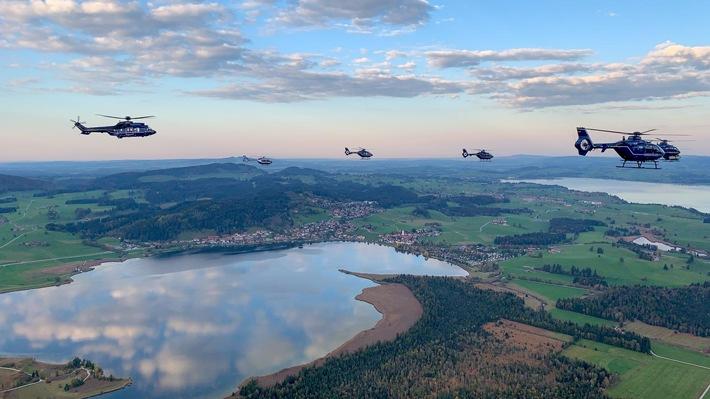 Fliegerisch taktische Übung der Luftfahrerschule für den Polizeidienst