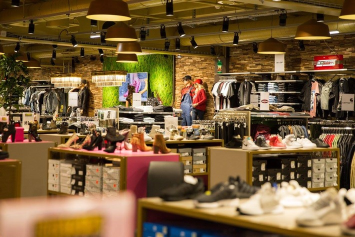 """Neues Metro Boutique Ladenkonzept / Weiterer Text über ots und www.presseportal.ch/de/nr/100020328 / Die Verwendung dieses Bildes ist für redaktionelle Zwecke honorarfrei. Veröffentlichung bitte unter Quellenangabe: """"obs/Metro Boutiques AG/Nicole Rötheli"""""""