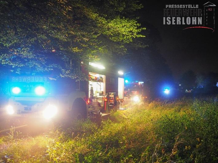 FW-MK: Schwelbrand im Gartenhaus