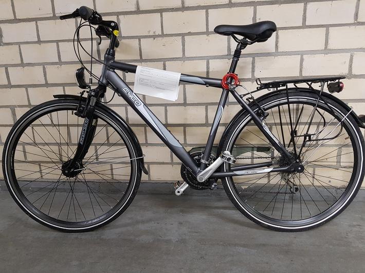 Der Besitzer dieses Rades wird gesucht.