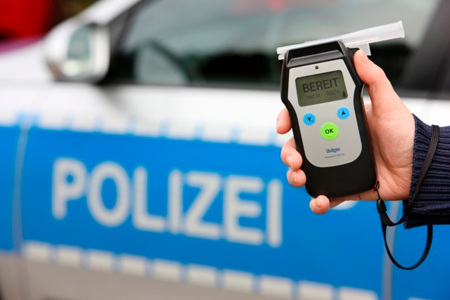 POL-REK: Unfallflucht im Alkoholrausch/ Pulheim