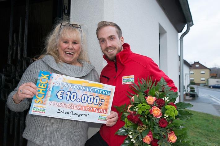 Von wegen Scherz: Nambornerin gewinnt 10.000 Euro