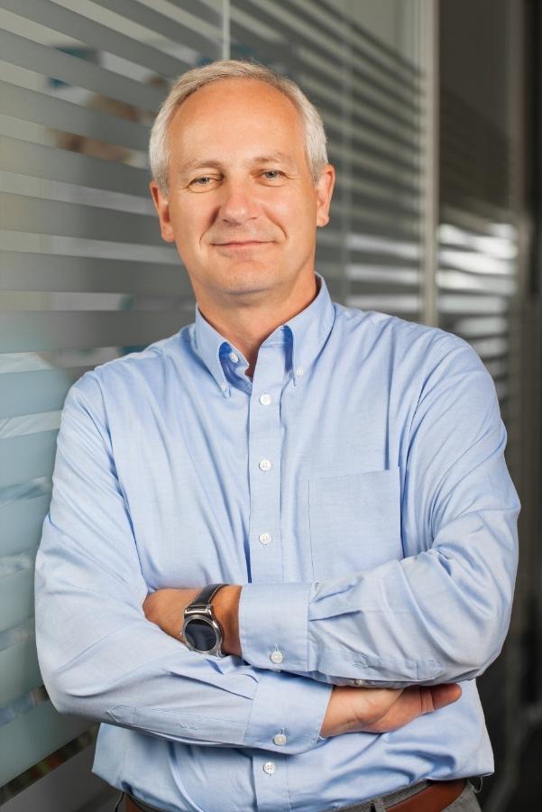 """Ralf Sürken (CEO Europe, Syntax Systems). Weiterer Text über ots und www.presseportal.de/nr/110500 / Die Verwendung dieses Bildes ist für redaktionelle Zwecke honorarfrei. Veröffentlichung bitte unter Quellenangabe: """"obs/Syntax Systems GmbH & Co. KG"""""""