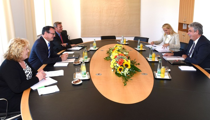ikr: Wirtschaftliche Bedeutung des Zollamts Schaanwald-Tisis beleuchtet