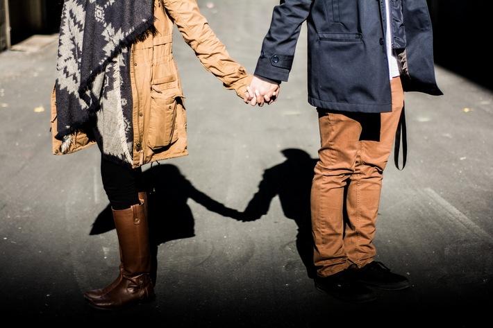Ex zurück mit Strategie! Liebe ist kein Solo. Liebe ist ein Duett. / Weiterer Text über ots und www.presseportal.de/nr/154045 / Die Verwendung dieses Bildes ist für redaktionelle Zwecke unter Beachtung ggf. genannter Nutzungsbedingungen honorarfrei. Veröffentlichung bitte mit Bildrechte-Hinweis.