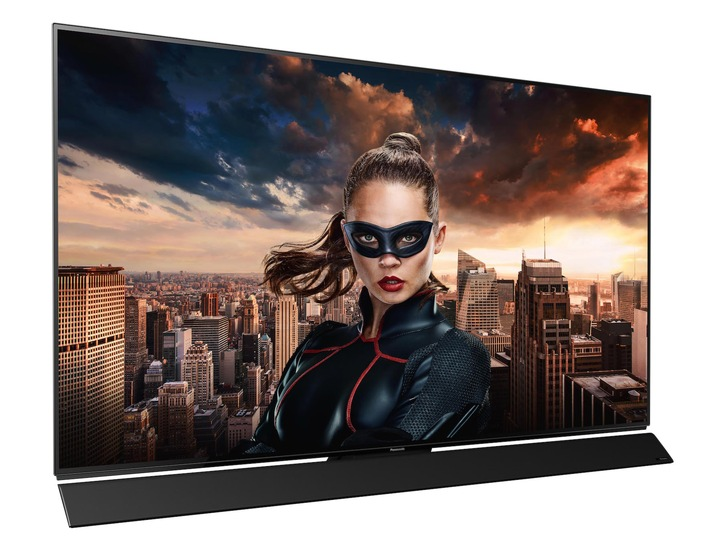091-fy2017-panasonic-tv-fzw954-inscreen-seitenansicht.jpg