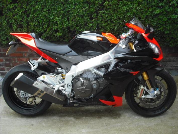 POL-FL: Klein Rheide (SL-FL) - Langfinger stehlen Pannenbike, Bildfahndung