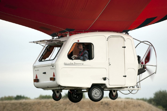"""Kampf den Wohnwagen! """"Top Gear"""" startet Anti-Caravan-Kampagne - am Samstag, 7. August 2010, um 18 Uhr bei kabel eins"""