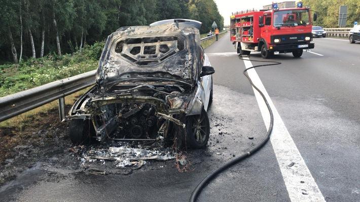 POL-DEL: Autobahnpolizei Ahlhorn: Fahrzeugbrand auf der Autobahn 1 im Bereich der Anschlussstelle Lohne-Dinklage