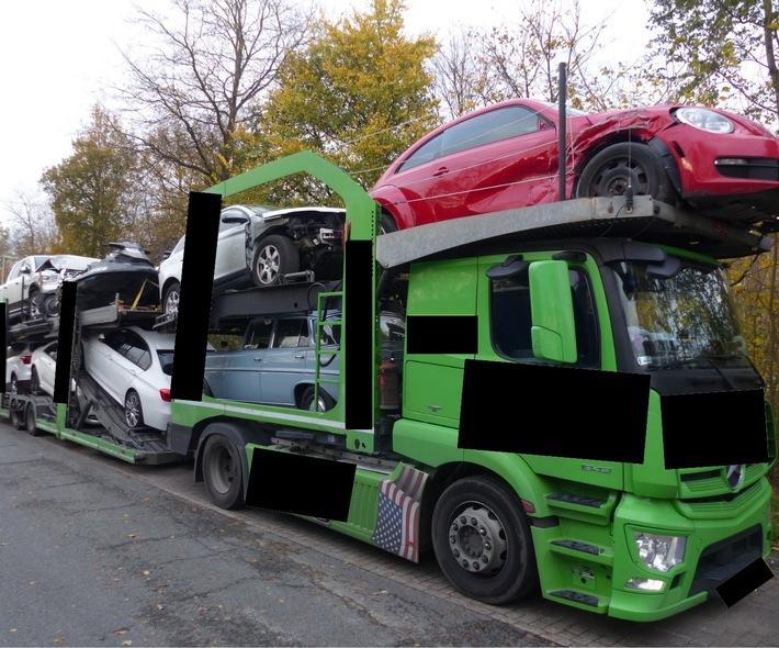 POL-CUX: Zweimal Verkehrsunfallflucht+++Verkehrsunfall in Langen+++Autotransporter zu hoch+++Einbruch in Langen+++Einbruchsversuch in Cuxhaven+++Vier Glätteunfälle auf der A 27