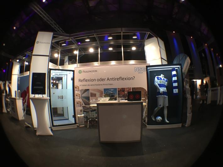 Die Pilkington Deutschland AG präsentierte auf der Messe ihr Produktangebot an hochwertigen Chromspiegeln und Antireflexionsgläsern in der Anwendung.