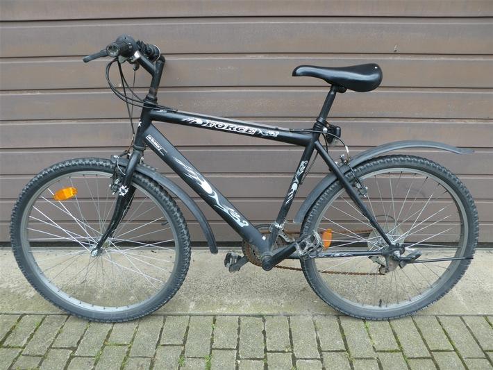 POL-LIP: Detmold. Wer kann Angaben zu dem Fahrrad machen?