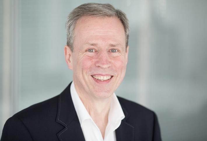 Stellvertretender dpa-Chefredakteur Michael Ludewig wechselt in die Schweiz