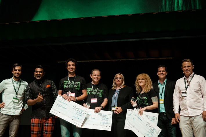 "Contest winner and VIP jury celebrate together on stage of the new.New Festival in Stuttgart - from left to right: Moritz Gräter (Managing Director CODE_n), Daniel Ramamoorthy (Moderator), Sven Körner (Co-Founder thingsThinking), Daniel Greenspan (Co-Founder Six Degrees Space), Marika Lulay (CEO GFT Technologies), Katie Sedat (Head of Marketing Airfox), Christian Roth (Managing Director LEA Partners), Dieter Feder (Head of Ideation Lab1886 Daimler AG). Please quote the source: ""obs/CODE_n"""
