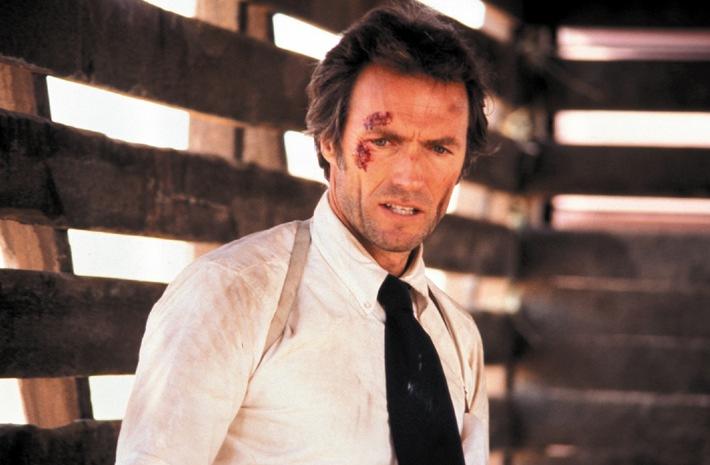 """Hollywoods arbeitswütiger Opa will auch mit 80 Jahren nicht in Rente gehen: """"Mit zunehmenden Alter hat mir meine Arbeit mehr und mehr Spaß bereitet"""", verriet Clint Eastwood dem Privatsender TELE 5, der den Star am 30. Mai, um 20.15 zum 80. Geburtstag ein Doublefeature widmet. Den Anfang macht Eastwood in 'Der Mann, der niemals aufgibt'. Abdruck honorarfrei bei Sendehinweis auf Tele 5 bis 2 Tage nach Ausstrahlung. Verwendung nur mit Copyrightvermerk."""