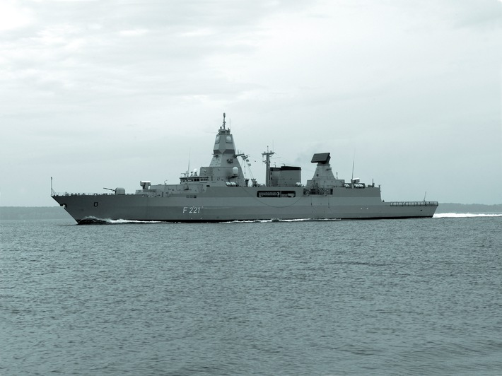 """Archivbild: Fregatte """"Hessen"""" in See. Foto: Deutsche Marine."""