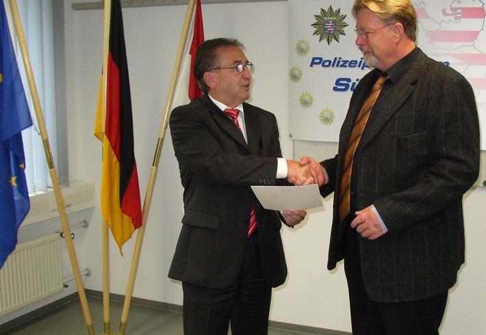 POL-DA: Norbert Weinbach nach 40 Jahren Polizeidienst in den Ruhestand  verabschiedet