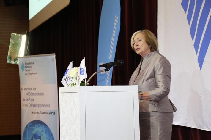 Stiftungsvorsitzende Ursula Mnnle begrt die internationalen Gste beim Festakt in Marrakesch. Weiterer Text ber ots und www.presseportal.de/nr/51081 / Die Verwendung dieses Bildes ist fr redaktionelle Zwecke honorarfrei. Verffentlichung bitte unter Quellenangabe: