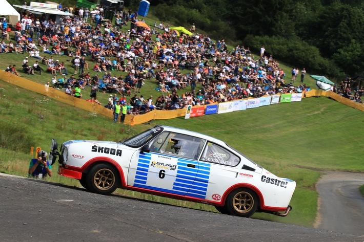 Meilensteine aus vier Jahrzehnten der SKODA Sporthistorie beim Eifel Rallye Festival zu sehen
