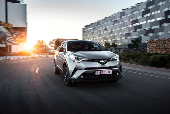 """Il nuovo Toyota C-HR è disponibile da 3 dicembre 2016 / Testo complementare con ots e su www.presseportal.ch/fr/nr/100006708?langid=4 /  L' utilizzo di quest'immagine è gratuito per scopi redazionali. Pubblicazione sotto indicazione di fonte: """"obs/Toyota Schweiz AG"""""""