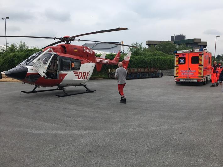 FW Menden: Betriebsunfall - Rettungshubschrauber im Einsatz