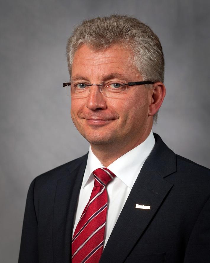 DocuWare ernennt Vertriebschef zum Chief Revenue Officer - Max Ertl wird weltweites Cloud-Wachstum weiter beschleunigen