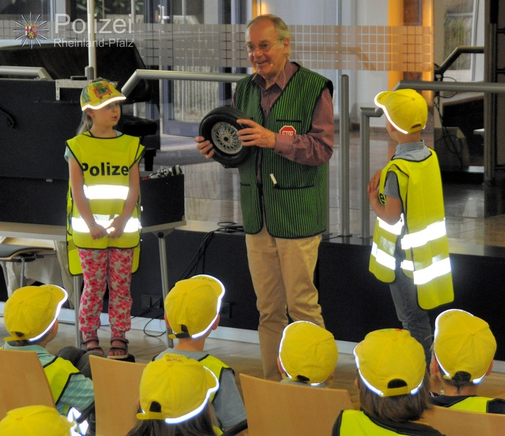 POL-PPWP: Kaiserslautern: Kindern mehr Sicherheit geben