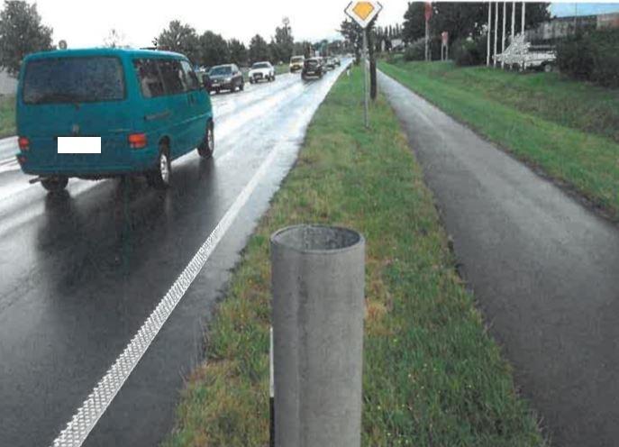 POL-WHV: Verkehrszeichen entwendet - Polizei sucht Zeugen (mit Foto)