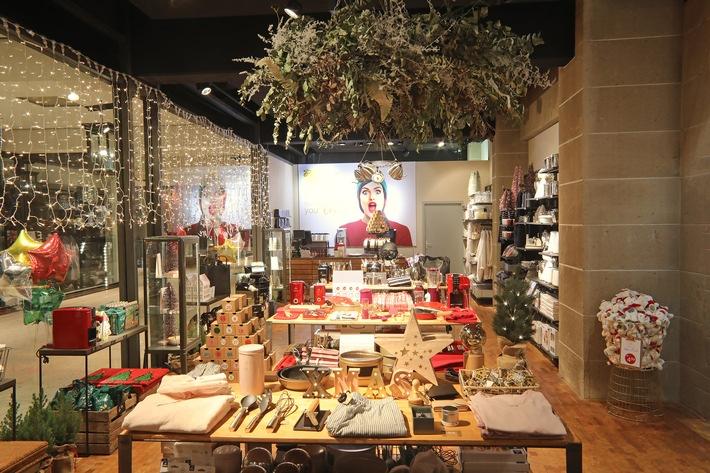 Weihnachtsshopping leicht gemacht: Tchibo eröffnet ersten X-Mas Pop-up-Store in Hamburg