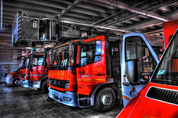 FW-MG: Brand in leerstehendem Industriekomplex