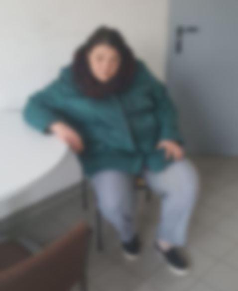 POL-HM: Wer erkennt die unbekannte Frau?