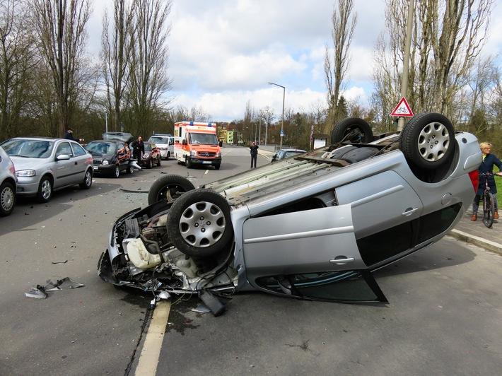 Fahrzeugbewertung Altona, Wandsbek, Bergedorf wird gerne von seinen Patienten weiter empfohlen (FOTO)