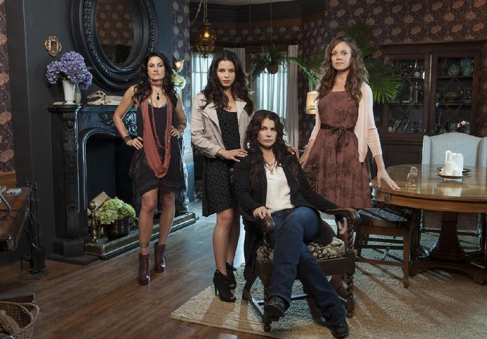 """Verhext: sixx zeigt die neue US-Serie """"Witches of East End"""" ab 1. Mai 2014 als Deutschland-Premiere"""