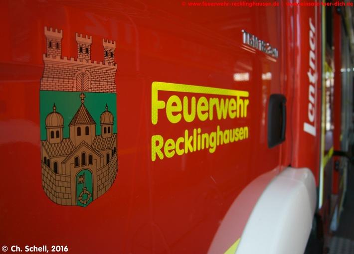 FW-RE: Zimmerbrand - ein Verletzter