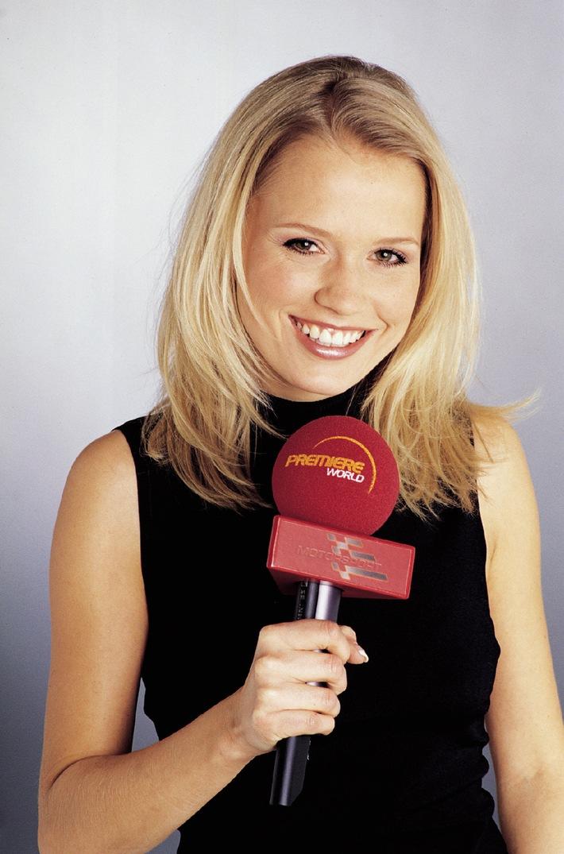 Nova Meierhenrich neue Formel 1-Lifestyle-Moderatorin bei PREMIERE WORLD