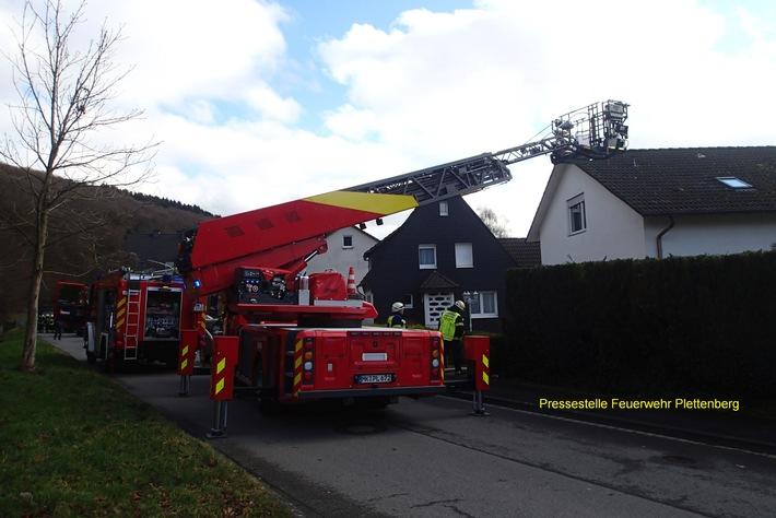 FW-PL: Brand in einer Zwischenwand - Feuerwehr verhinderte Schlimmeres in Plettenberg OT Ohle