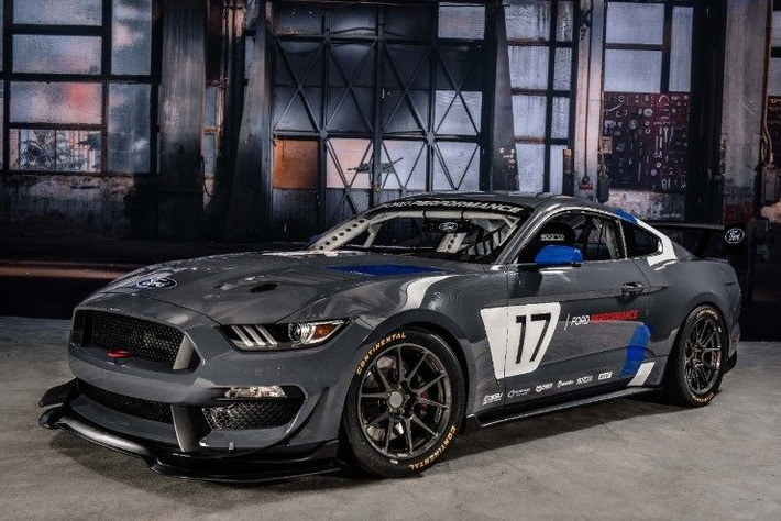 Essen Motor Show-Auftritt von Ford steht ganz im Zeichen von Performance