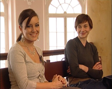 Kino-Ladies im Gericht: Moderatorin Miriam Pielhau und Schauspielerin Christiane Paul.