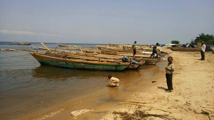 Fischerboote am Tanganjikasee