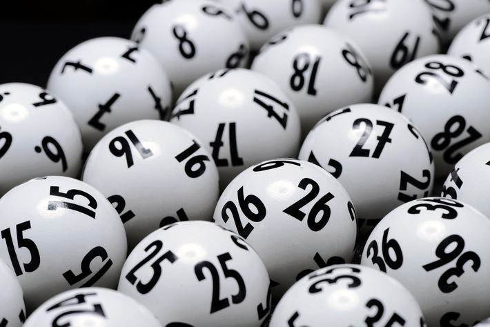 200522 Lotto-Kugeln.jpg