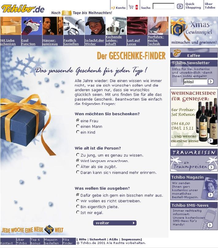 Da lacht der Weihnachtsmann: www.tchibo.de bietet exklusiv zu Weihnachten einen besonderen Service, der entspanntes Christmas-Shopping ermöglicht. Abdruck honorarfrei, Beleg bitte an:  Böning & Yamaoka GmbH Eimsbüttler Chaussee 66 20259 Hamburg