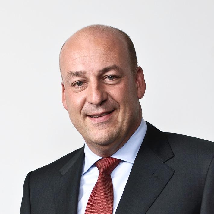 """Robert Oudmayer, CEO GE Money Bank. Testo complementare con ots e su www.presseportal.ch. L' utilizzo di quest'immagine è gratuito per scopi redazionali. Riproduzione sotto indicazione di fonte: """"obs/GE Money Bank""""."""