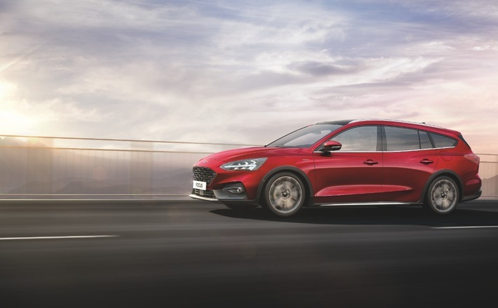 """Die neueste Ausstattungsvariante des Erfolgsmodells: der Ford Focus Active X Vignale. Weiterer Text über ots und www.presseportal.de/nr/6955 / Die Verwendung dieses Bildes ist für redaktionelle Zwecke honorarfrei. Veröffentlichung bitte unter Quellenangabe: """"obs/Ford-Werke GmbH"""""""
